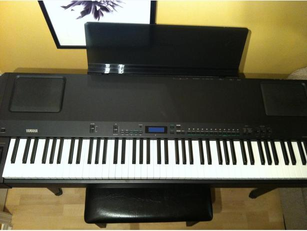 YAMAHA P-200 ELECTRONIC PIANO FOR SALE