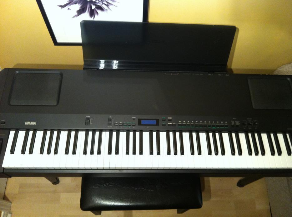Yamaha p 200 electronic piano for sale nepean gatineau for Yamaha piano store winnipeg