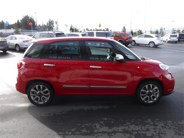 2015 fiat 500l lounge leather power moonroof bluetooth courtenay courtenay comox mobile. Black Bedroom Furniture Sets. Home Design Ideas