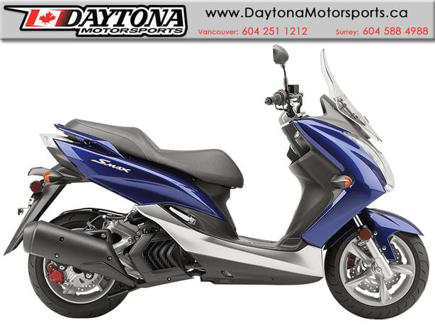 2015 Yamaha SMAX Scooter - Blue  * NEW  *
