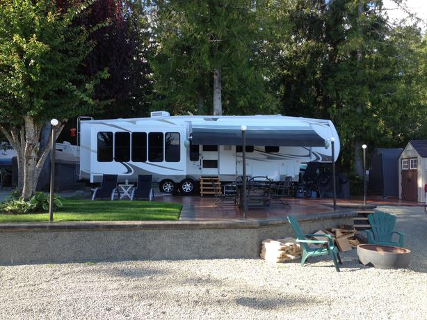 Water Front RV Lot at Tall Timbers Holiday Park - Sproat Lake