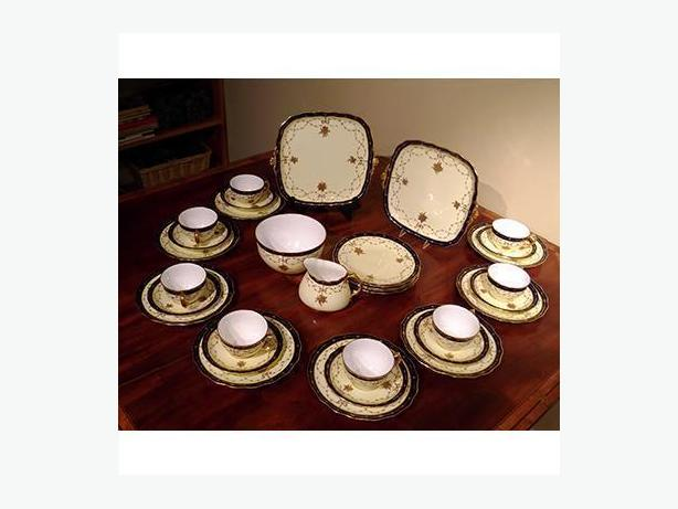 Royal Crown Derby Rare 34 Piece Luncheon Set