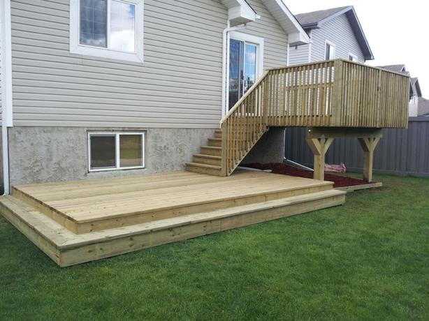 Professional Fence & Deck Builders