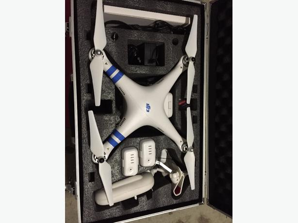 Drone DJI Phantom Vision 2+ Quadcopter with GPS