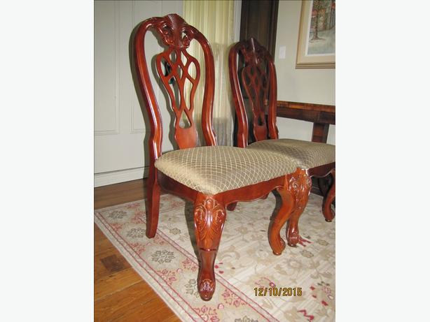 FORMAL DINING/LIVING ROOM CHAIRS