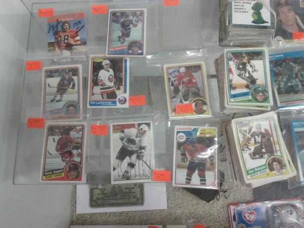 Various 1980's Hockey Cards