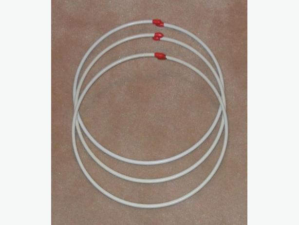 3 Sets of Metal Wire Rings, etc.
