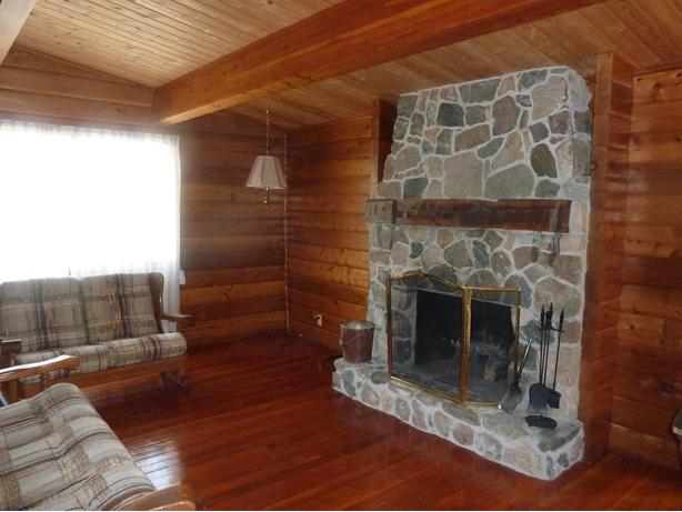 Beautiful cedar cottage for rent in Buena Vista on Last Mountain Lake