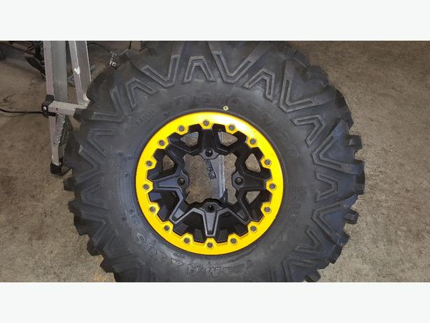 can am maverick xrs rim and tire