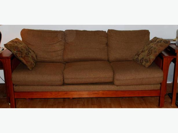Large Sklar Peppler Mission Style Couch