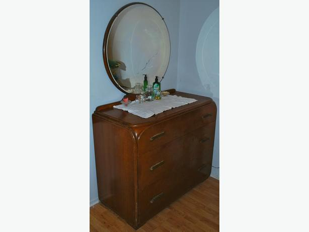 Large Heavy Solid Antique Art Deco Vanity Dresser...