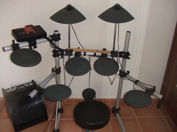 yamaha dtxplorer electronic drum set comes with owners manual west rh usedvictoria com Yamaha DTXplorer Module Yamaha DTXplorer Parts