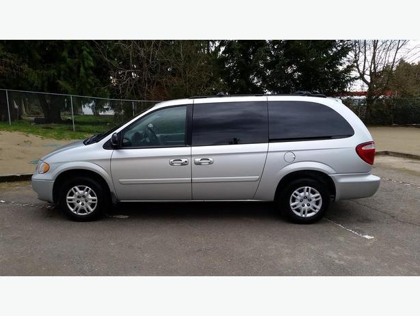 2005 dodge grand caravan stow and go courtenay comox for Motor oil for 2005 dodge grand caravan