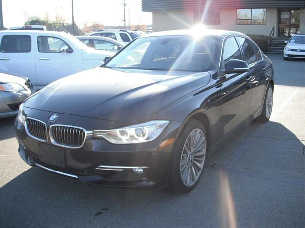 2014 BMW 3 Series 328i xDrive Sedan Twin Turbo