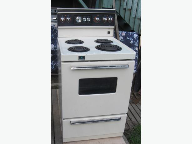 Apartments size electric stove 24 inches wide Esquimalt & View Royal ...
