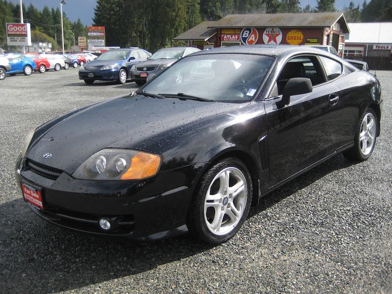 2003 hyundai tiburon gt outside comox valley campbell. Black Bedroom Furniture Sets. Home Design Ideas