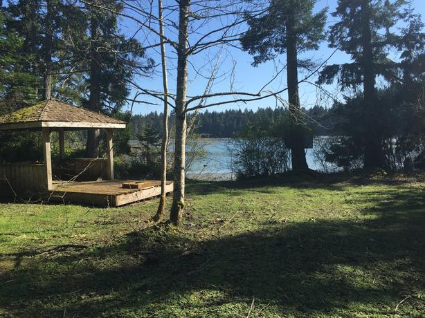 Waterfront 2.69 acres 2 legal lots with cottage Thetis Island