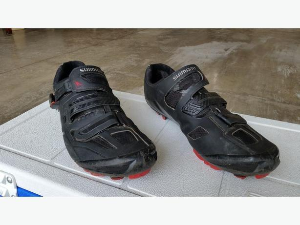 For Sale Shimano SH-XC70 Mtn bike Shoes.