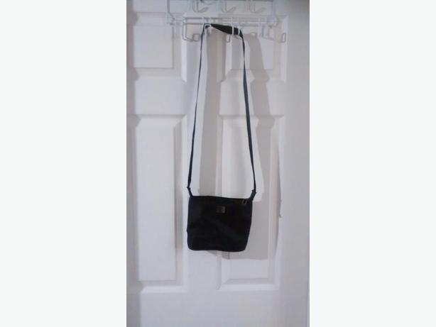 Ladies Beautiful Veneto New York CrossBody Purse