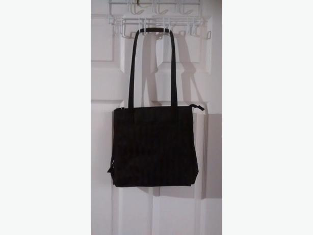 Ladies beautiful Black Purse