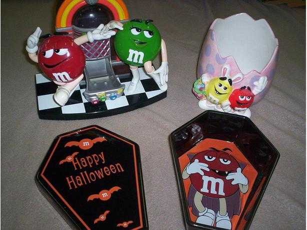 3 Pieces of M&M Collection