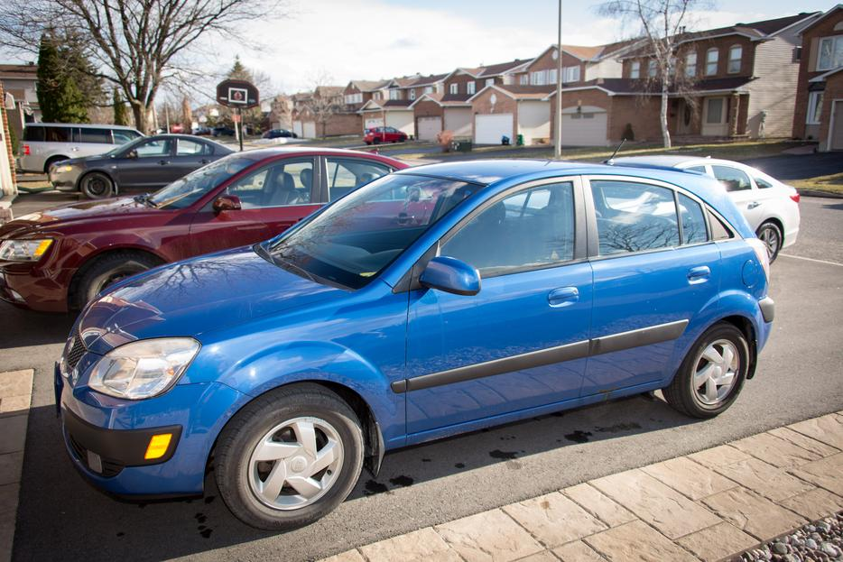 2006 Kia Rio Hatchback Central Ottawa Inside Greenbelt