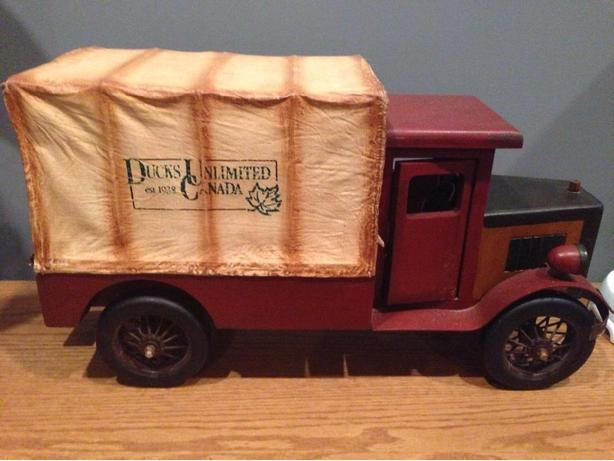 ducks unlimited limited edition toy truck