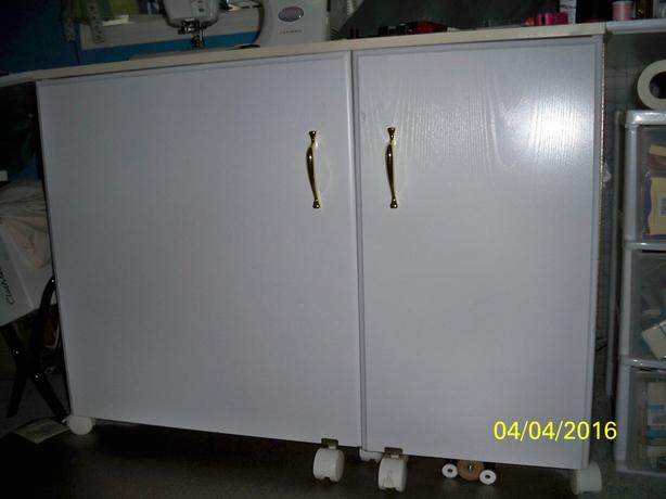 Sewing Machine Cabinet