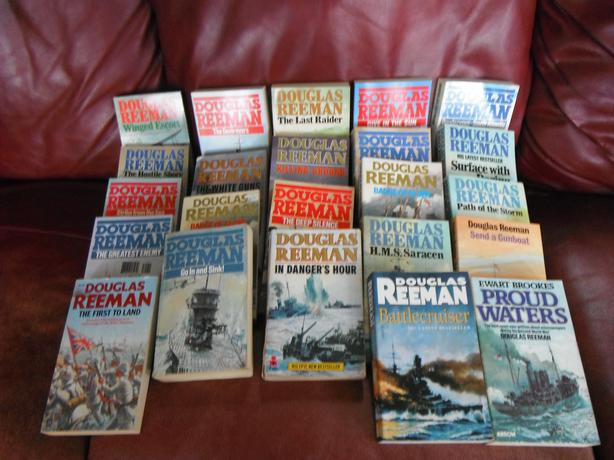 Douglas Reeman/ set of 23