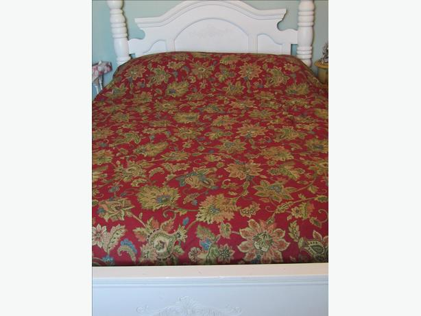 100% Cotton Rust Red Queen Size Quilt Comforter