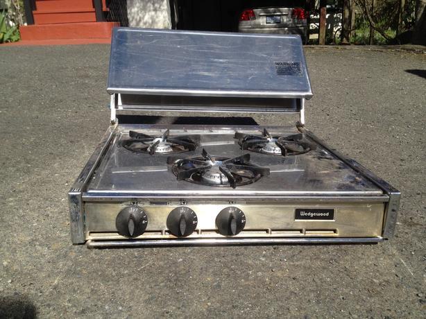 Cooktop oil burner types