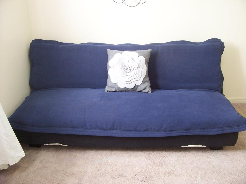 Stylish and comfy blue sofa bed futon for sale i deliver for Comfy sofas for sale