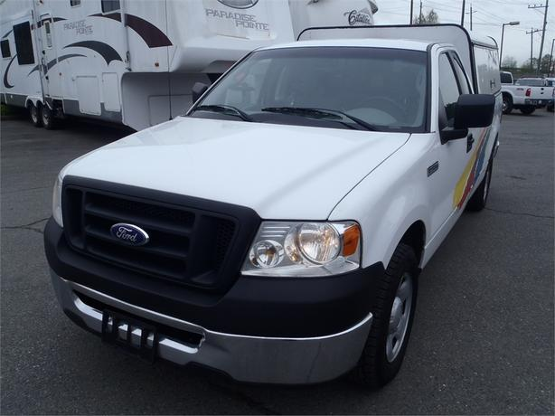 2008 ford f 150 xl regular cab long box 2wd outside comox valley comox valley. Black Bedroom Furniture Sets. Home Design Ideas