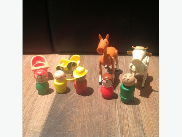 Vintage Fisher Price Little People Furniture And Farm Animals South Regina Regina