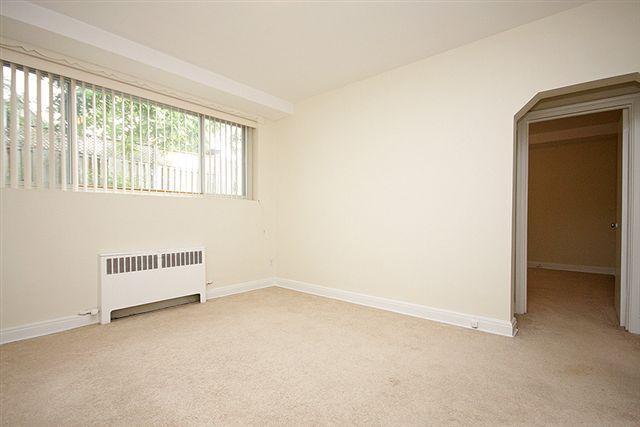 2 Bedroom Apartment Near Carleton U Central Ottawa Inside Greenbelt Ottawa Mobile