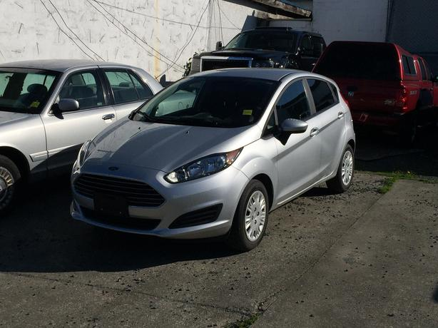 2015 ford fiesta s we 39 ve got your financing outside comox valley comox valley mobile. Black Bedroom Furniture Sets. Home Design Ideas