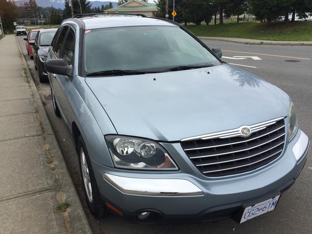2004 Chrysler Pacifica, V6, 3.5l, automatic -166 000km