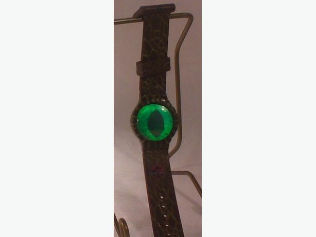 Lost World dino eye watch