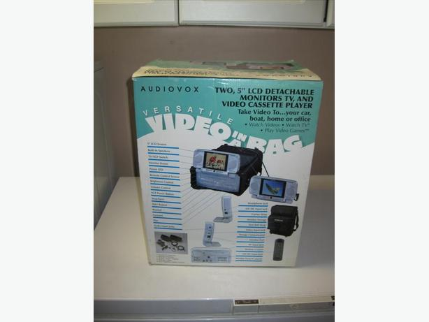 Audiovox Video in a bag two 5 inch LCD Detachable Monitors VHS