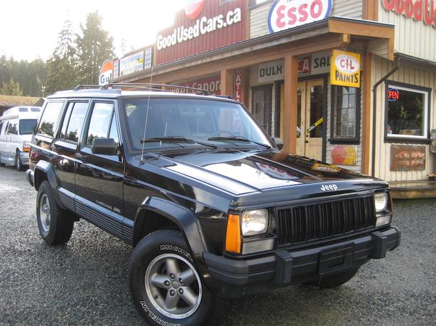 1996 jeep cherokee classic sport 4x4 sale priced to go outside comox valley campbell river. Black Bedroom Furniture Sets. Home Design Ideas