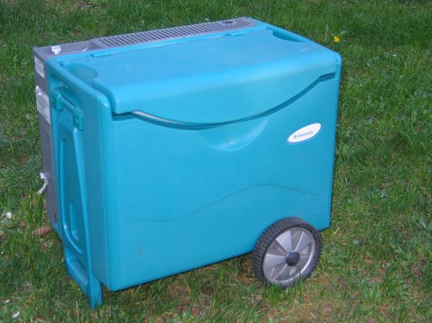 Dometic Portable Refrigerator 12v Propane Amp 110volt