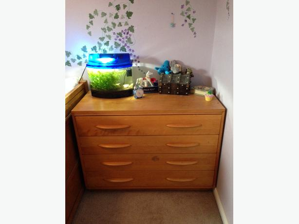 Two Dressers And Matching Desk West Carleton Gatineau