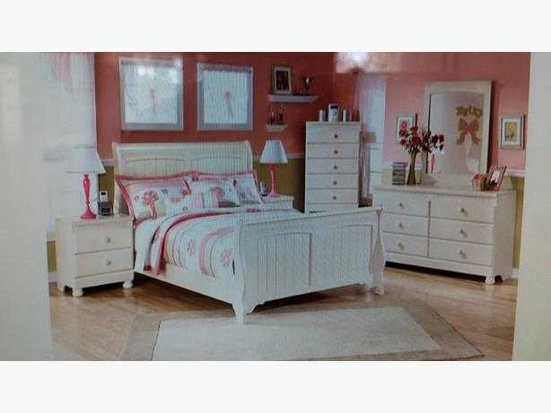 girls 39 white ivory bedroom furniture sold as a set or