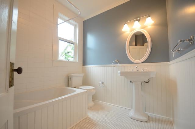 Commercial renovations extraordinary league contracting for Bathrooms r us vancouver