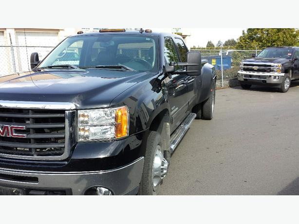 used 2009 gmc sierra slt dually 4x4 for sale in parksville outside comox valley courtenay comox. Black Bedroom Furniture Sets. Home Design Ideas