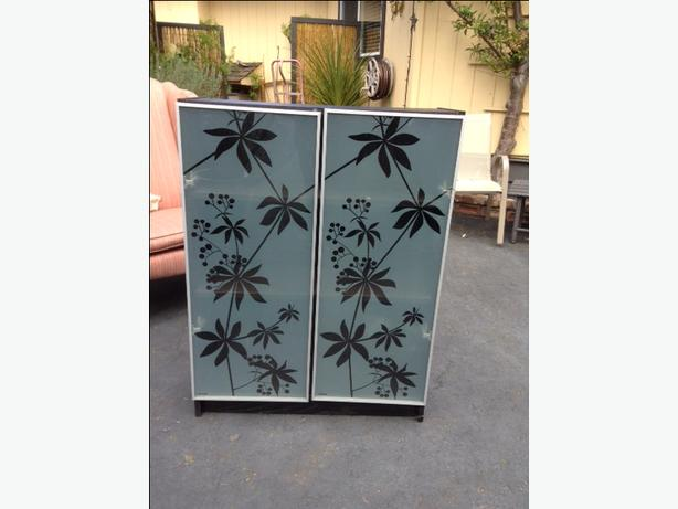 Ikea Wood Cabinet With Etched Frosted Glass Doors