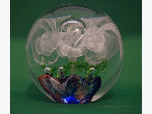 4U2C HAND BLOWN GLASS LARGE PAPER WEIGHT