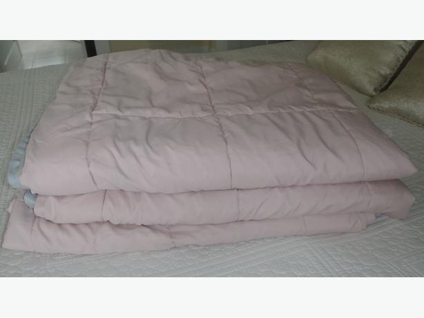 Twin size comforters