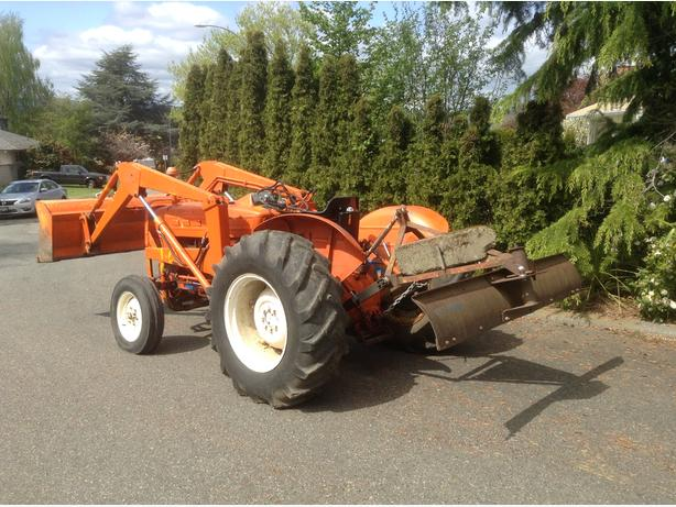 Ford 3000 Tractor Generator : Ford tractor outside comox valley courtenay