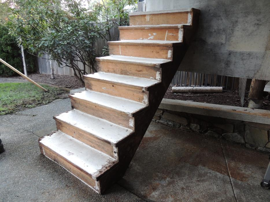 Interior pre fab stairs shawnigan lake cowichan for Pre built stairs interior